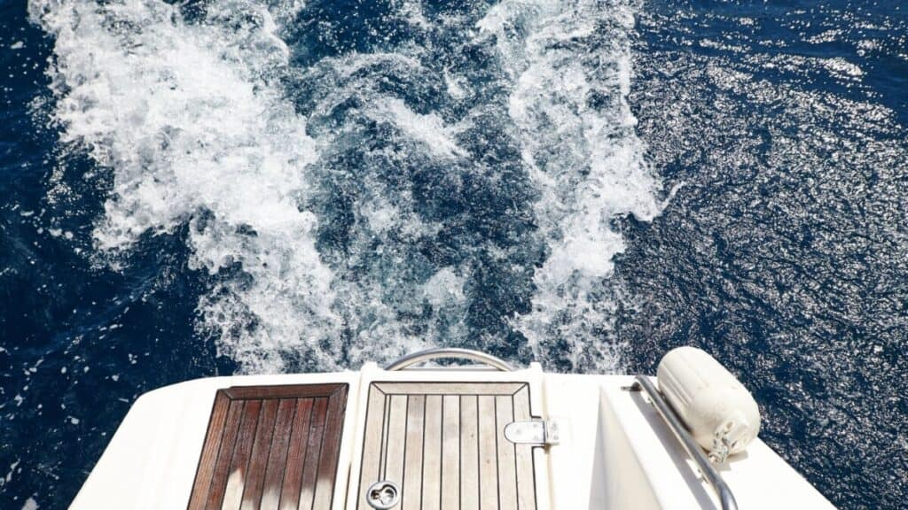 7 Most Common Problems With Sea Ray Boats - Owners Guide