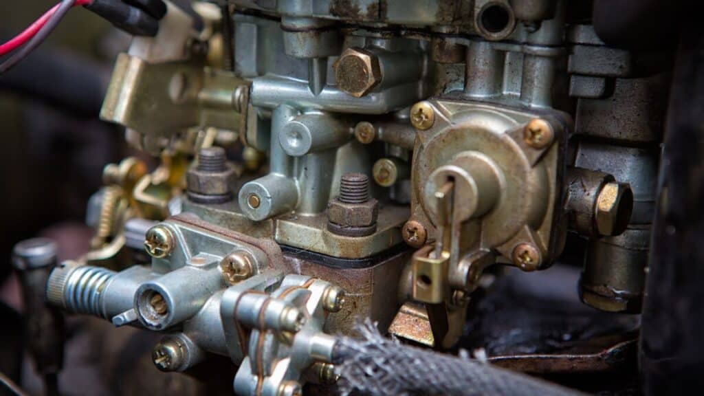 Why Does a Boat Engine Stall When Accelerating?