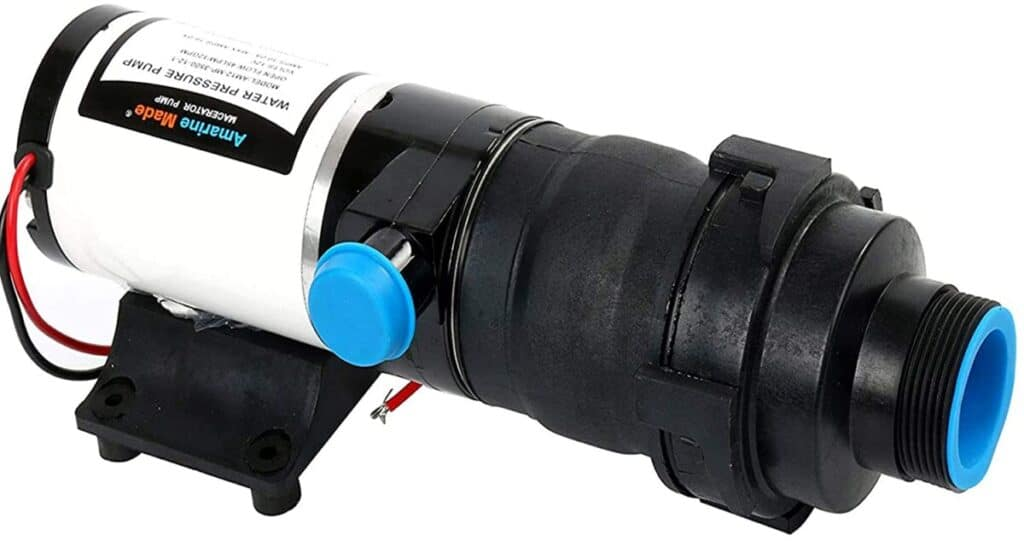 5 Best Boat Macerator Pumps For Saltwater (Pros & Cons)